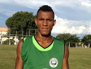 Há dois anos no PPFC, zagueiro diz estar pronto para jogar a Segundona (Foto: Ronaldo Nascimento / Globoesporte.com)