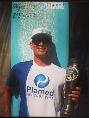 Robson Fraga longboarder sergipano (Foto: Reprodução/Facebook)