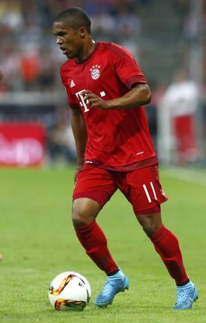 Douglas Costa Bayern de Munique x Real Madrid (Foto: Reuters)