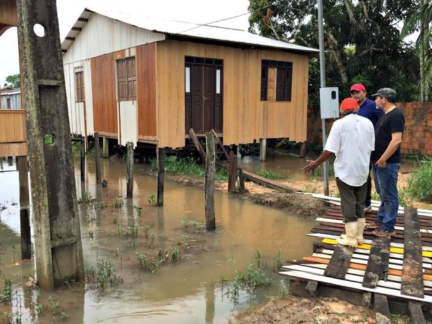Defesa Civil faz vistoria em casas que foram afetas pela chuva que atingiu Tarauacá no fim de semana  (Foto: Jardy Lopes/Arquivo pessoal)