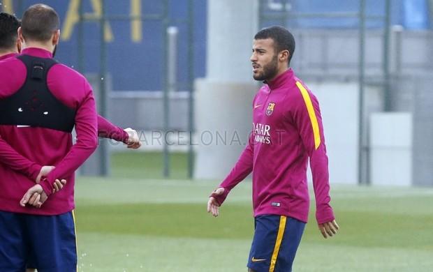Rafinha treina no mesmo local do grupo principal do Barça