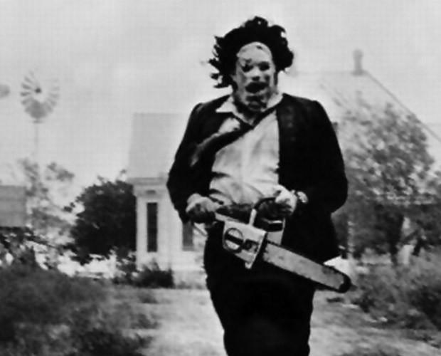 Leatherface: a síntese do horror em 'O Massacre da Serra Elétrica' (Foto: Reprodução)