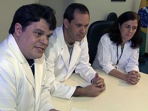 Médicos do Hospital Roeberto Santos (Foto: Imagem/TV Bahia)