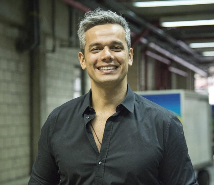 Otaviano Costa nos bastidores do Amor & Sexo (Foto: Raphael Dias/Gshow)