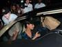 Mila Kunis comemora aniversário com Ashton Kutcher