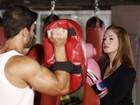 Marina Ruy Barbosa é faixa amarela no kickboxing. Reveja no vídeo!