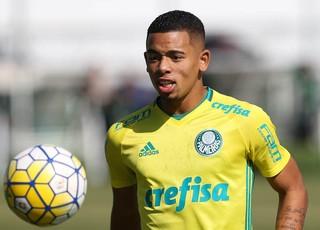 e547d8a39c Palmeiras e agentes de Gabriel Jesus recusam primeira oferta do Barcelona