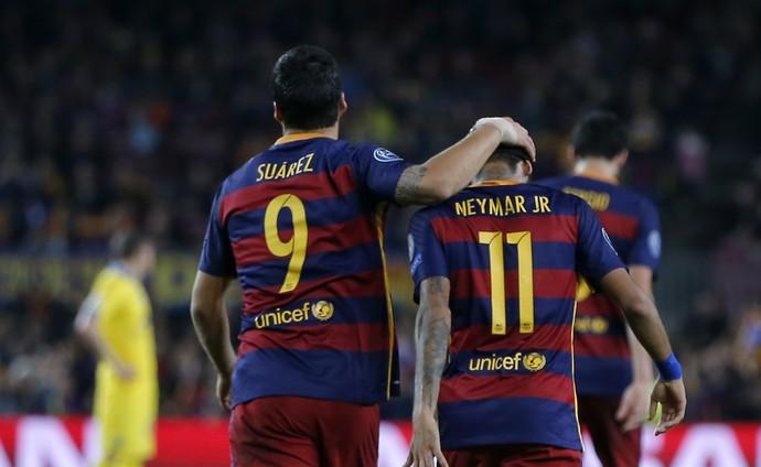 Suárez e Neymar, Barcelona x BATE Borisov, Liga dos Campeões (Foto: AP)