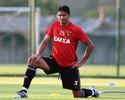 Com suspensões, Durval volta ao time titular do Sport após mais de um mês