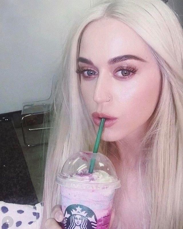 Cabelo inspirado em frappuccino de unicórnio? Hairstylist lança moda na web e até Katy Perry entra na onda (Foto: Reprodução/Instagram)