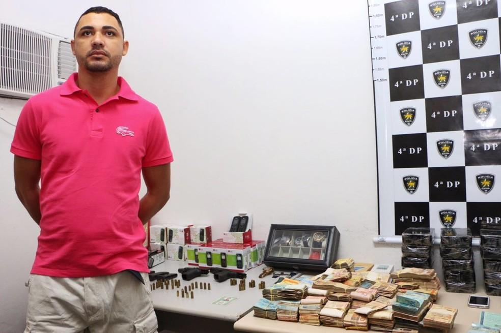 João Maria dos Santos de Oliveira, solto em dezembro de 2015 com alvará falso, foi preso em julho de 2016 com mais de R$ 300 mil (Foto: Governo do RN/Divulgação )