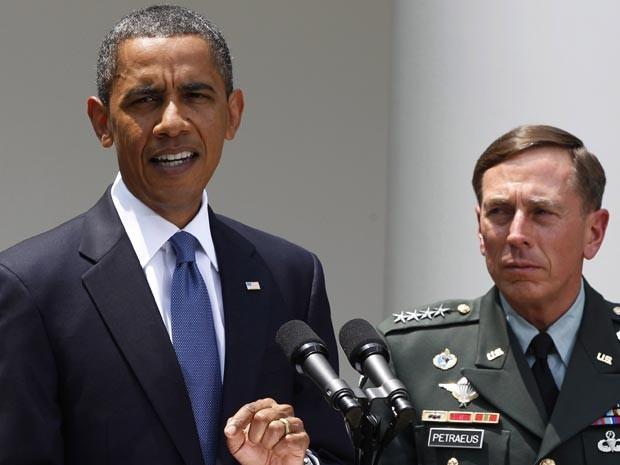 Obama anuncia Petraeus nesta quarta-feira (23) em pronunciamento na Casa Branca. (Foto: AP)