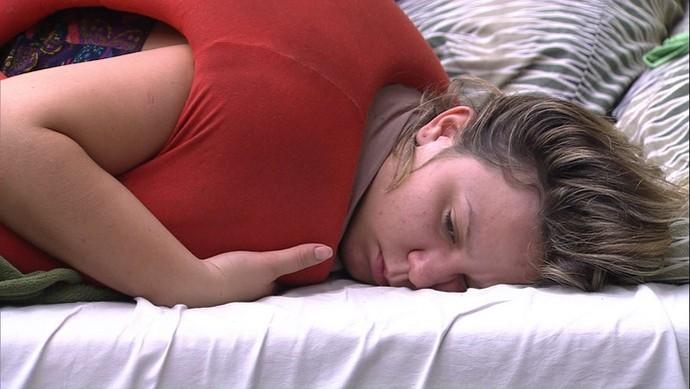 Maria Claudia comenta sobre a proximidade entre Matheus e Renan (Foto: Big Brother Brasil / Gshow)