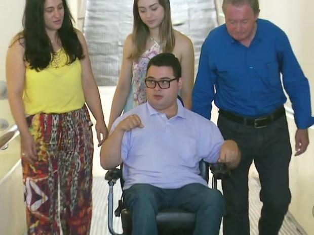 Durante cinco anos viajou de Senador José Bento (MG) para ir até a faculdade em Pouso Alegre (MG) (Foto: Reprodução EPTV)