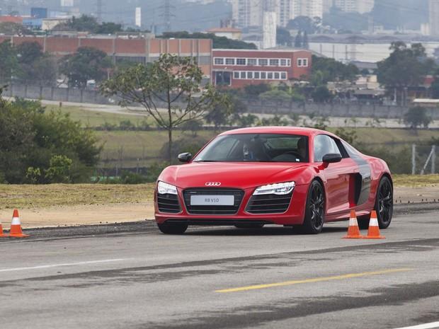 Transmissão do Audi R8 V10 Plus é a S tronic de 7 velocidades (Foto: Divulgação)