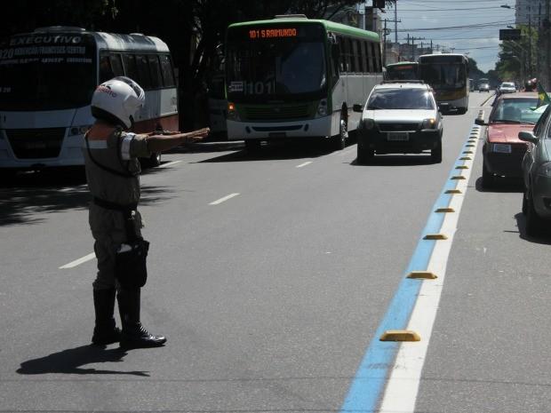 Primeira fiscalização aconteceu nesta segunda (24) (Foto: Divulgação/Semcom)