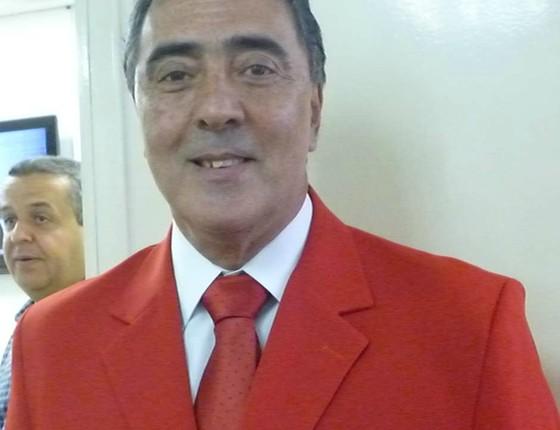 O vereador Adilson Amadeu ao comunicar que votaria em Haddad, em 2012 (Foto: Divulgação)