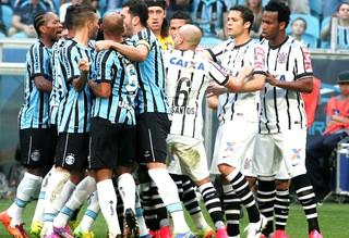 confusão jogo Grêmio x Corinthians (Foto: Wesley Santos / Agência PressDigital)