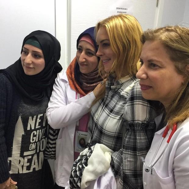 Lindsay Lohan em visita que fez na Turquia há cerca de dois meses (Foto: Reprodução)