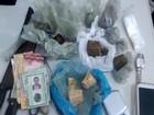 Mulher é presa por tráfico de drogas (SSP/Divulgação)