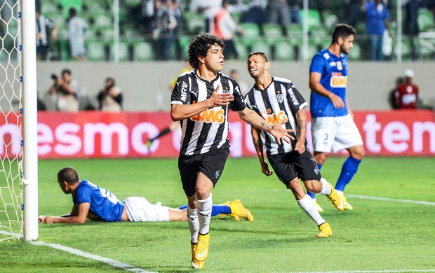 Atlético-MG x Cruzeiro - Luan (Foto: Gustavo Andrade)