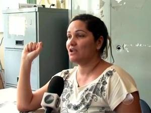 Mulher suspeita de cometer injúria racial nega ser racista (Foto: Reprodução/TV Bahia)