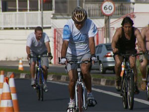 Ciclistas nas ruas de Campinas (Foto: Reprodução EPTV)