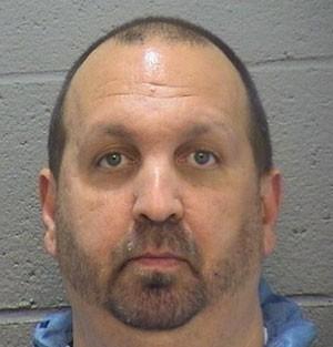Craig Stephen Hicks, 46 anos, foi preso pela morte de três muçulmanos (Foto: Durham County Sheriff/AP)
