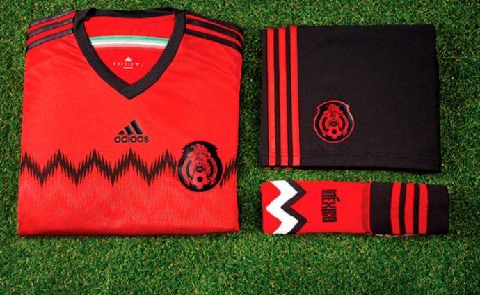 Camisa rubro-negra do México