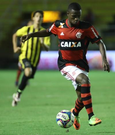 Vinicius Junior em ação pelo Flamengo contra o Volta Redonda (Foto: Gilvan de Souza/Flamengo)