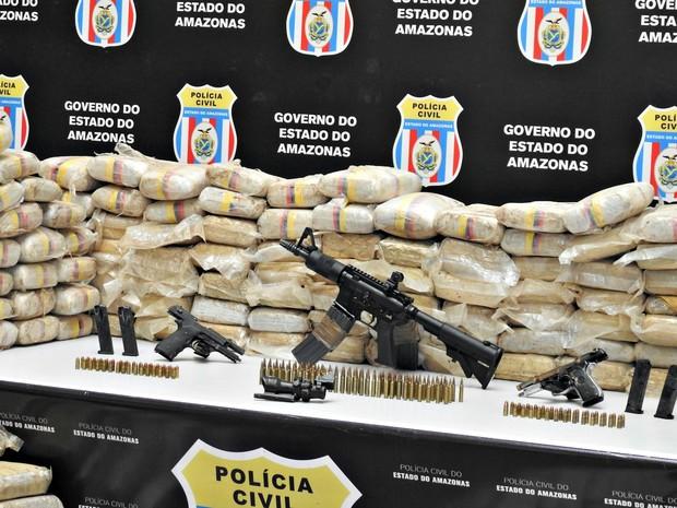 Drogas foram apreendidas após investigação em Manaus (Foto: Adneison Severiano/G1 AM)