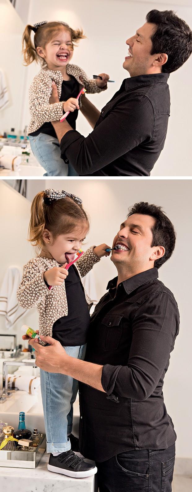 """""""Eu ensino tudo: a escovar  os dentes, a pedir por favor, a pedir desculpas..."""",  enumera Ceará  (Foto:  )"""