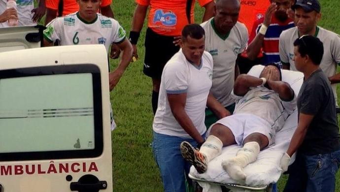Contusão jogador do Guaraí (Foto: Paulo Júnior/ TV Lobão)