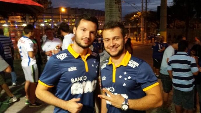 Torcedores Cruzeiro camisa nova (Foto: Marco Antônio Astoni)