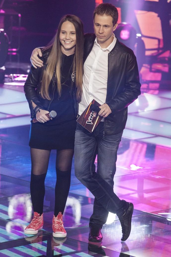 Carol Passos e Tiago Leifert The Voice Kids (Foto: Globo/ Pedro Curi)