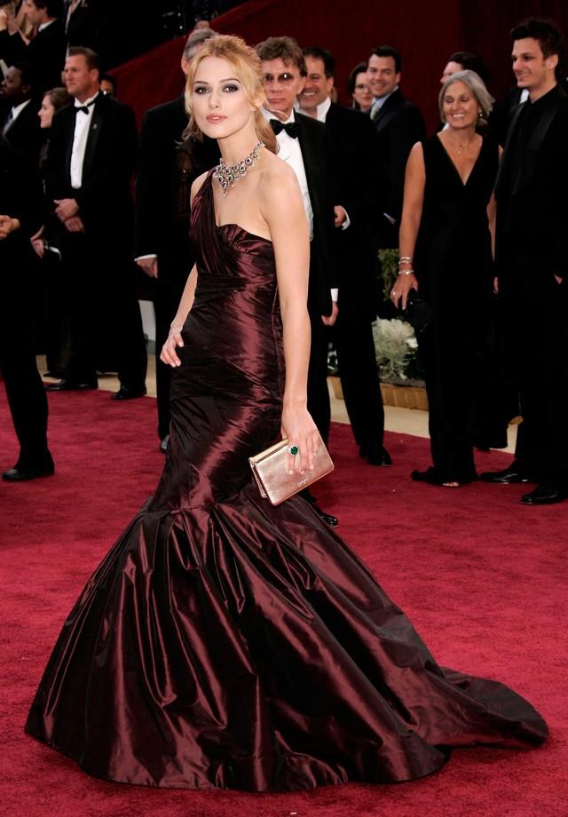 Keira Knightley - Vera Wang - 2006 (Foto: Getty Images)