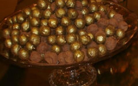 Trufa de chocolate com avelã