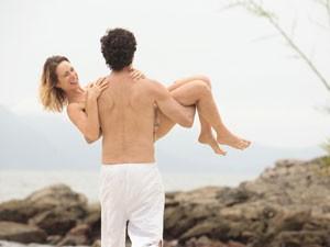 Completamente apaixonados (Foto: Guerra dos Sexos/TV Globo)