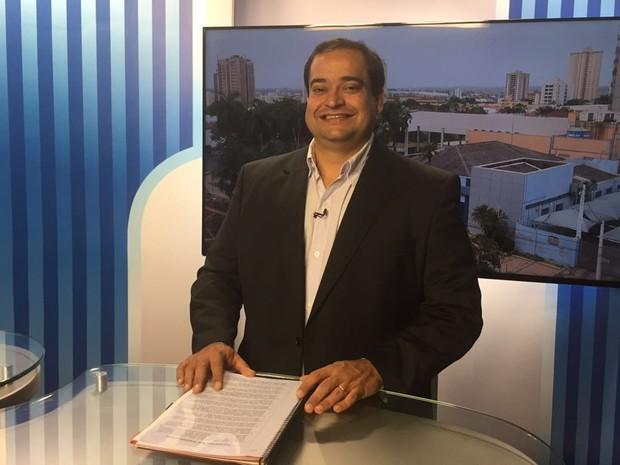 Luís Fernando foi o segundo entrevistado do TEM Notícias (Foto: Eduardo Fonseca/TV TEM)
