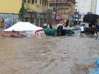 Chuva alaga avenida e atrasa Carnaval em 2h (AG Photopress)