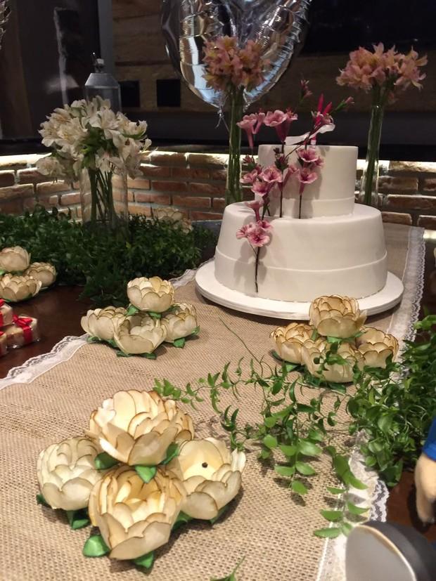 Detalhe da decoração da festa de Fernanda Gentil (Foto: Lorena Duque Festas/Instagram)