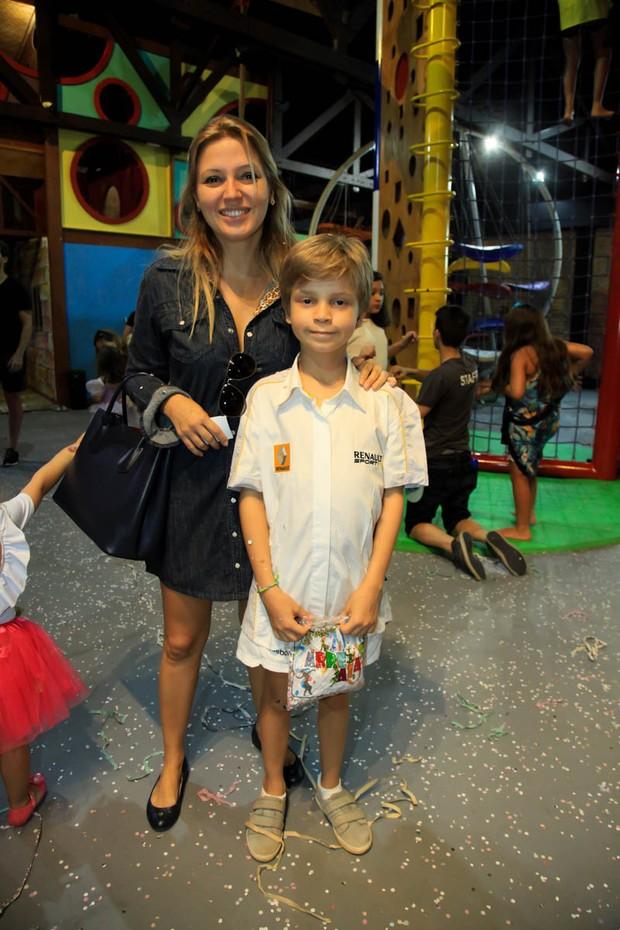 Patricia de Sabrit e Max (Foto: Marcos Ribas/EGO)