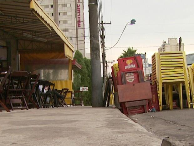 Empresário afirma que levou facada por causa de R$ 6 na conta de um bar em Campinas (Foto: Reprodução EPTV)