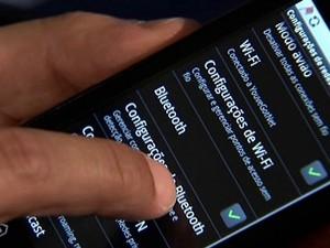 Anatel suspende promoções de operadoras de celular até janeiro (Foto: Reprodução Globo News)