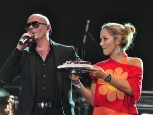 Pitbull comemorou seu aniversário no palco do Planeta em SC (Foto: Eduardo Biermann/Divulgação)