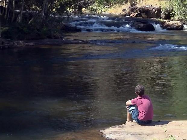 Moradores temem que a natureza seja prejudicada com a construção da usina hidrelétrica (Foto: Reprodução EPTV)