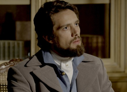 Severa faz revelação a Felipe sobre a morte de Berenice