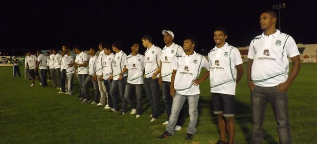 Nacional de Patos apresentou seu elenco para o Estadual 2013 (Foto: Divulgação)