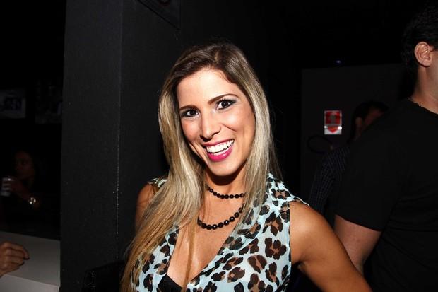Milena Fagundes no show do Cristiano Araujo no Villa Mix (Foto: Paduardo/AgNews)