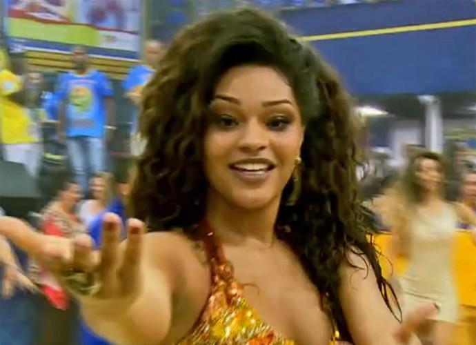 Juliana Alves leva 'Vídeo Show' para ensaio da Unidos da Tijuca (Foto: Vídeo Show / TV Globo)